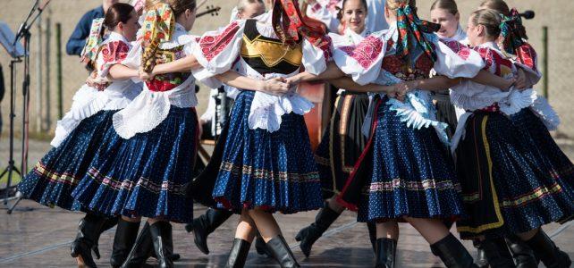 Tizennyolc ország részvételével rendezik meg a Summerfest Nemzetközi Folklórfesztivált